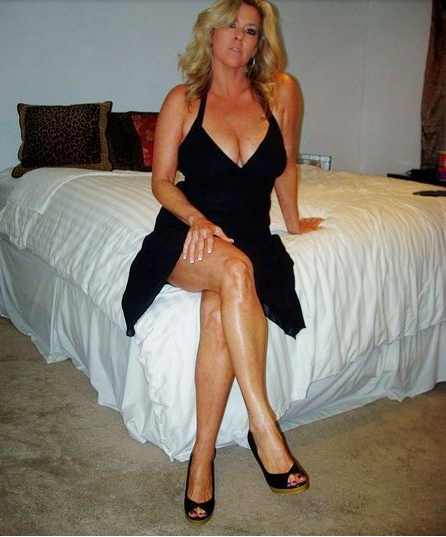 Older woman for sex